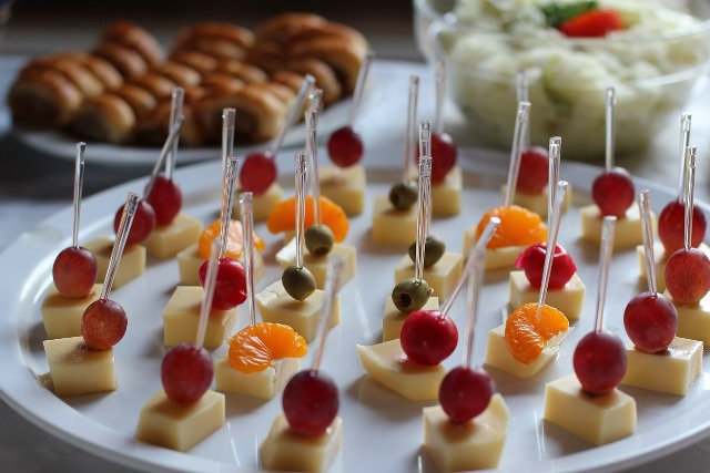 Schönes-Essen-Heiko-Schöne-Gorxheimertal-Laudenbach-Catering-Käsespieße-pixabay